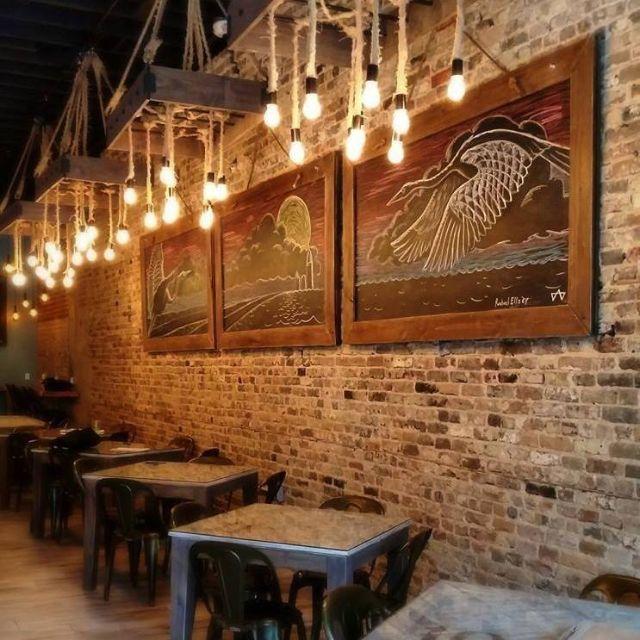 dumbwaiter-restaurant-mobile-al